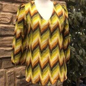 MM Couture pullover blouse graphic print V Neck M